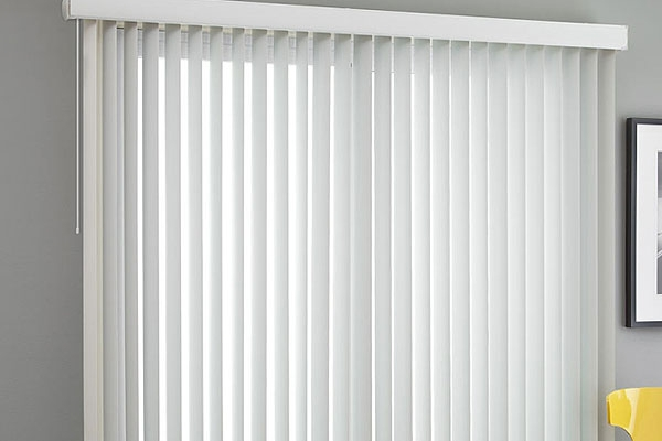 01-vertical-blindsF3C965BD-CB6C-A554-7A06-C80C1D9937C8.jpg