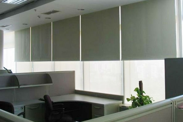 15-roller-blinds-manual7E7DC9BE-7998-3862-7D97-8AD8CFDF6D93.jpg