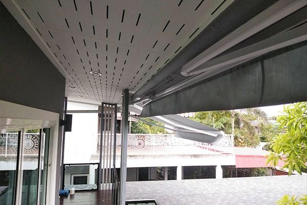122-retractable-awnings0A9555A9-A43C-0967-3302-363954C14DE2.jpg