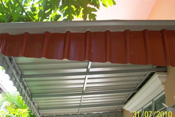 14-metal-sheet-awning03EB2EF2-39AC-01EE-0093-A6EB4534BBAE.jpg